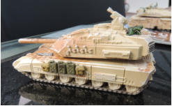 Gryphon medium tank with overspray camo, drybrushing and Hobby Master and 'greenstuff' stowage added