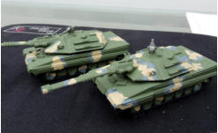 The Molot (Hammer) heavy MBT in green primer with camo applied